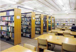 第1図書室